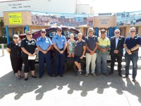 Carnarvon_RoadWise_Committee_-_sponsors_and_members_with_crash_trailer