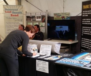 Img: Working Together at the Mingenew Expo